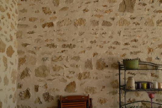 rénovation de joint de pierres - 95 - jointement à la chaux - artisan